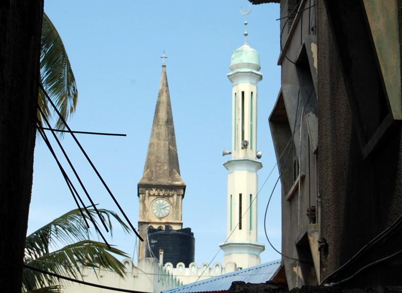 Biserica şi moscheea pot sta pe aceeaşi stradă