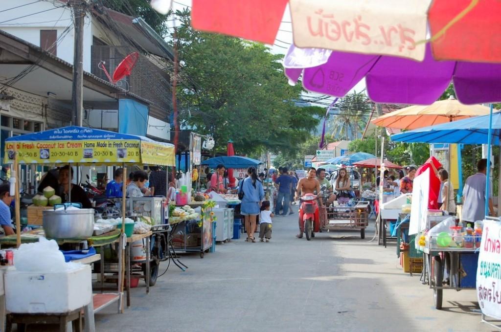 Piaţă stradală din Koh Samui