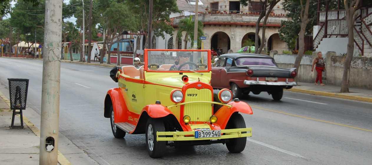 Un Ford din 1927 în Varadero