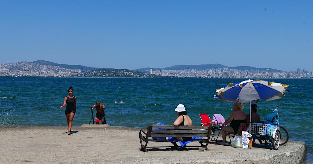 femei, barbati, plaja, istanbul, princes islands