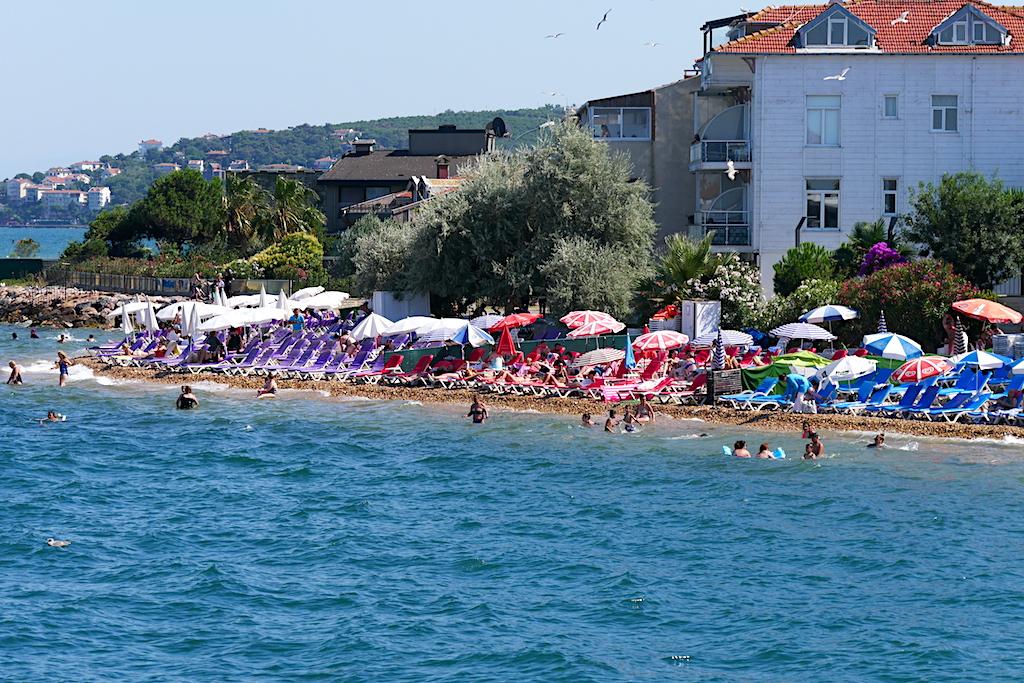 mare, șezlonguri, umbreluțe, plajă, Istanbul